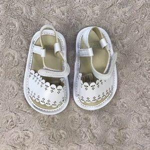 Gymboree Baby Girl Sandals Shiny White Floral